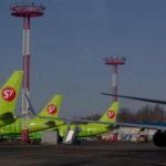 """S7 Airlines и """"Уральские авиалинии"""" в феврале обогнали российский рынок"""